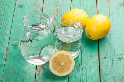 agua de limon